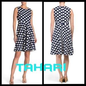 $40 SALE🌟🤩 TAHARI Polkadot Fit & Flare Dress